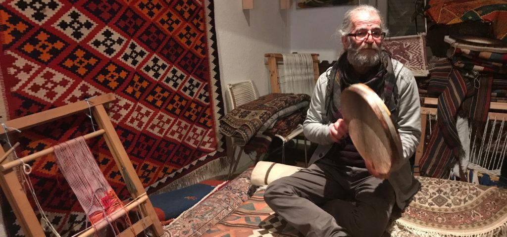 Hamid Saneiy in der Galerie Schiras