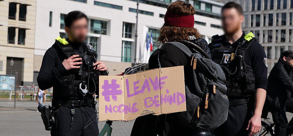 Protestaktion für die Evakuierung von Geflüchteten am 5.4.2020 vor dem Brandenburger Tor